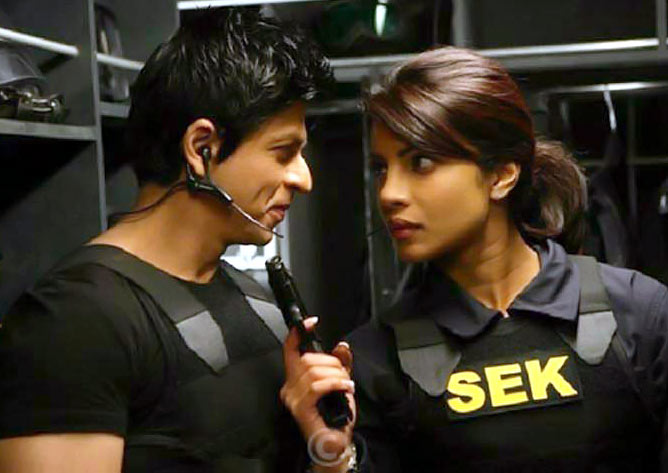 Shah Rukh Khan and Priyanka Chopra in Don 2