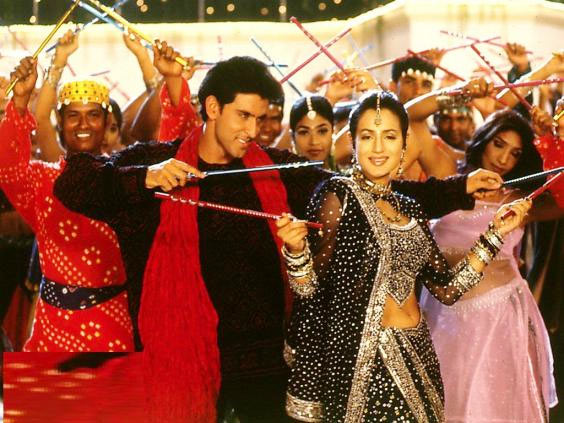 Hrithik Roshan and Ameesha Patel in Aap Mujhe Ache Lagne Lage