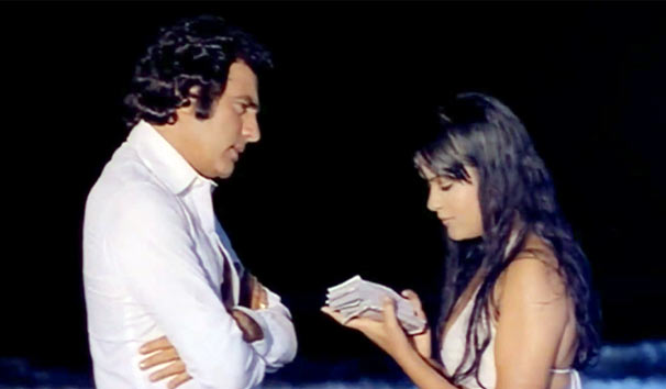 Feroz Khan and Zeenat Aman in Qurbani