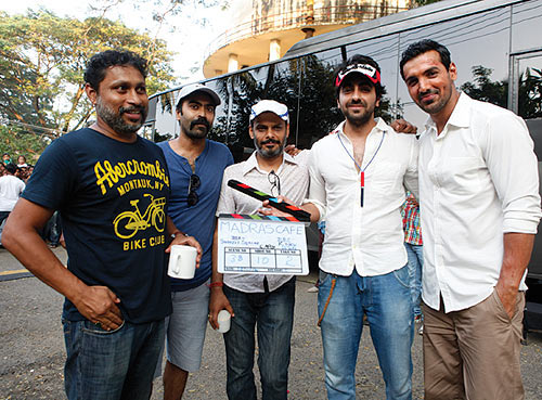 Ayushmann Khurrana along with Shoojit Sircar and John Abraham on the sets of Madras Cafe