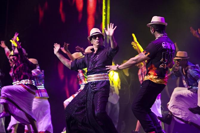 Shah Rukh Khan and Yo Yo Honey Singh