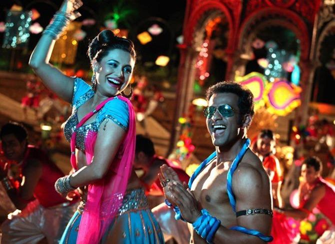 Rani Mukerji with Prithviraj Sukumaran in Aiyyaa