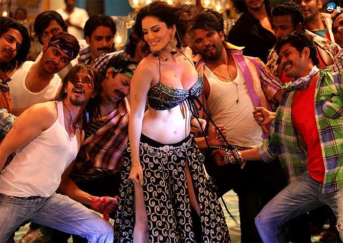 Sunny Leone in Shootout At Wadala