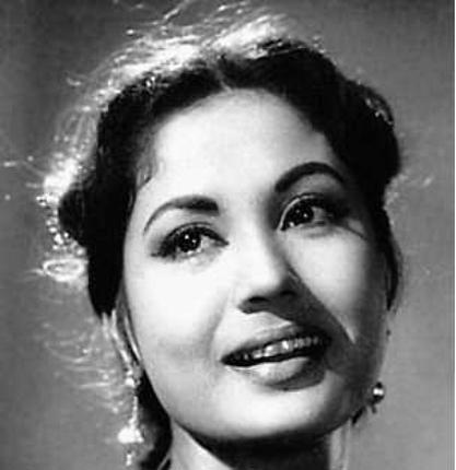 Meena Kumari in Tamasha