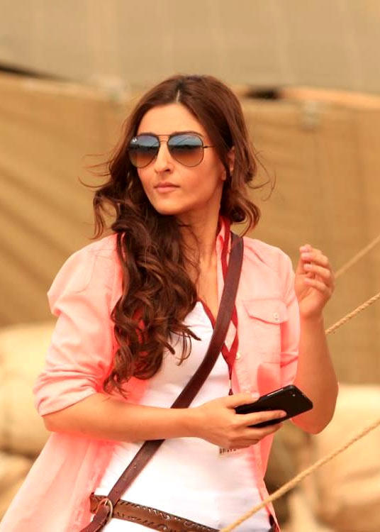 Soha Ali Khan in War Chhod Na Yaar