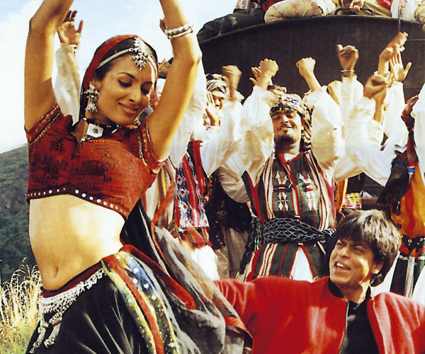 Shah Rukh Khan with Malaika Arora Khan in Dil Se