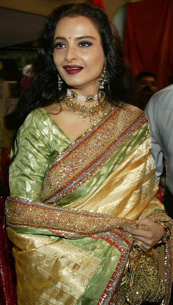 Birthday Special: Rekha's GORGEOUS sari moments - Rediff ...