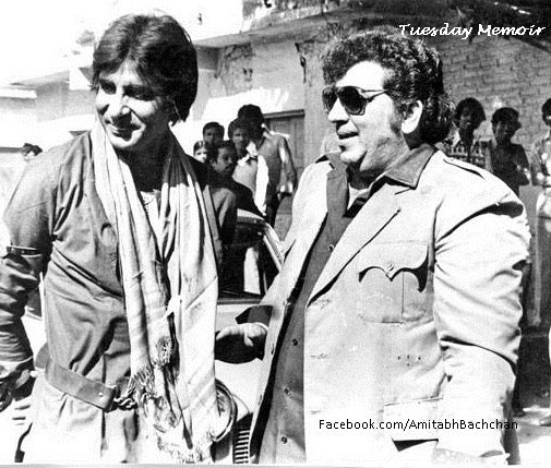 Amitabh Bachchan and Amjad Khan on the sets of Coolie