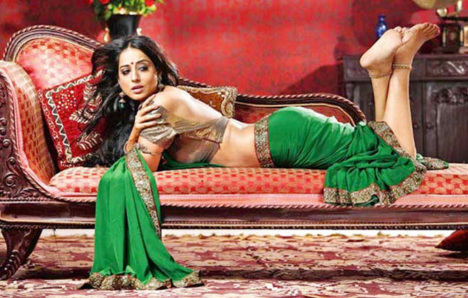 Mahie Gill in Sahib Biwi Aur Gangster