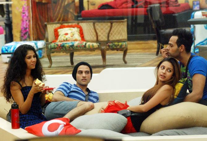 Ratan Rajput, Apoorva Agnihotri, Pratyusha Banerjee and Andy