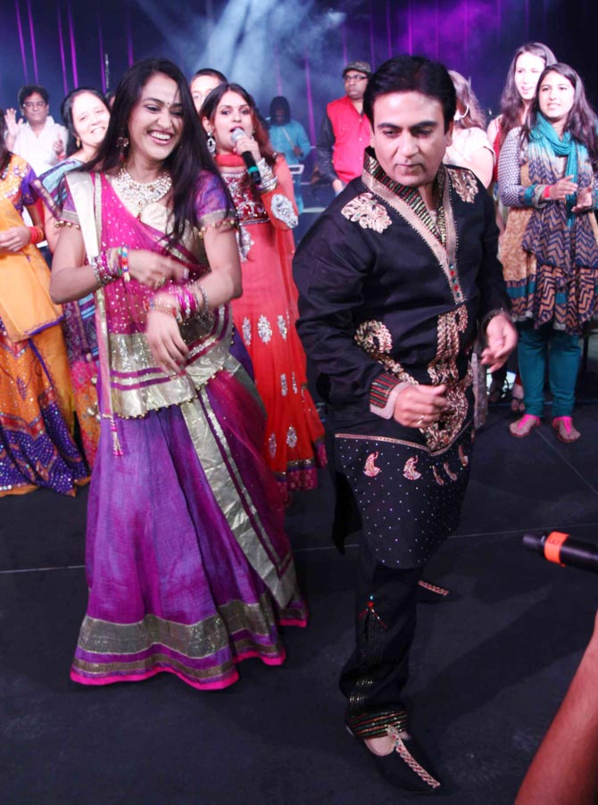Dilip Joshi and Disha Vakani
