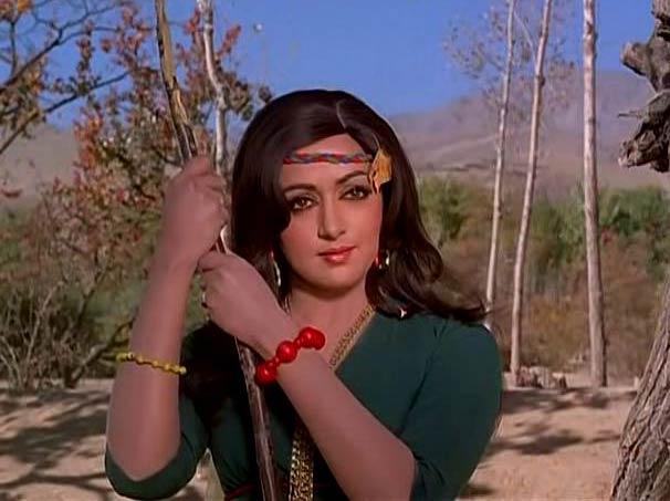 Hema Malini in Dharmatma