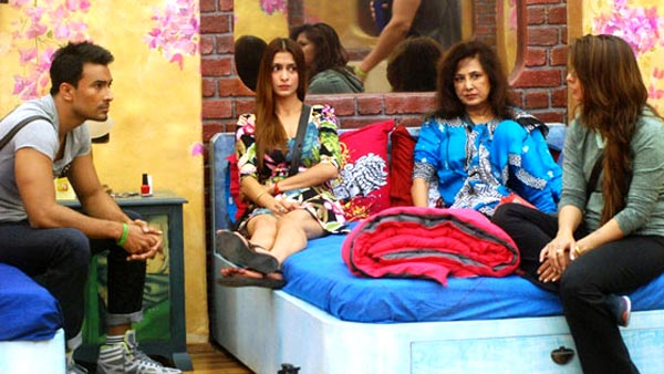 Anita Advani with her Bigg Boss housemates