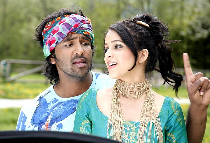 Vishnu Manchu and Lavanya Tripathi in Doosukeltha