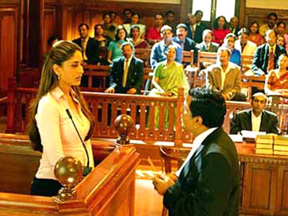 Kareena Kapoor in Aitraaz