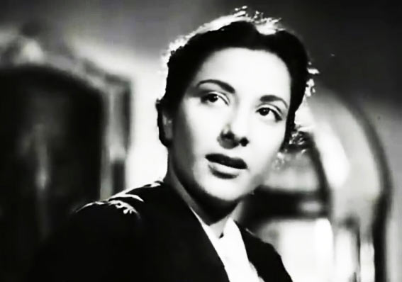 Nargis in Awara