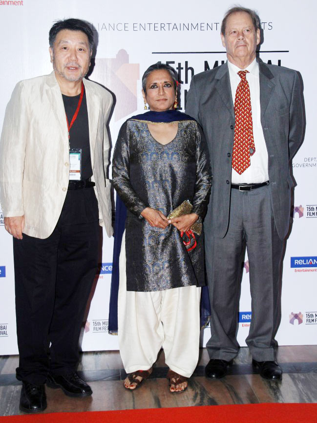Deepa Mehta with Masato Harada (extreme left) and Bruce Beresford