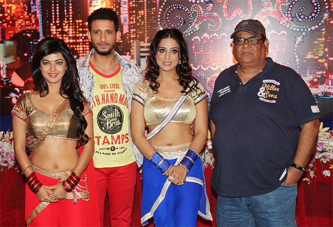Meera Chopra, Sharman Joshi, Mahi Gill and Satish Kaushik