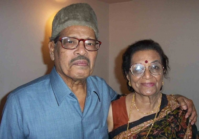 Manna Dey with wife Sulochana