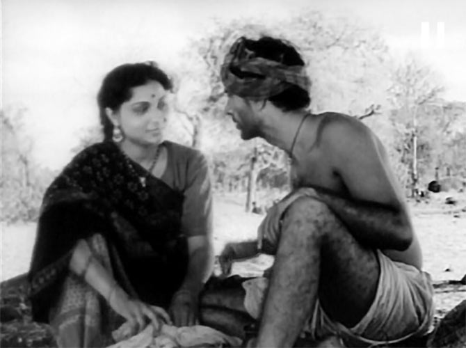 Nirupa Roy and Balraj Sahni in Do Bigha Zameen