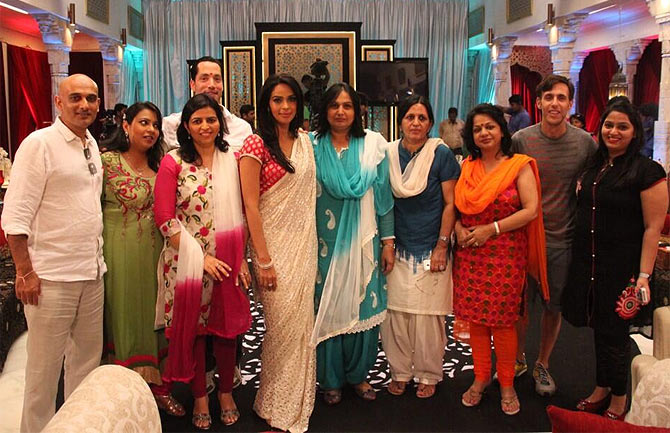 Mallika Sherawat with her family