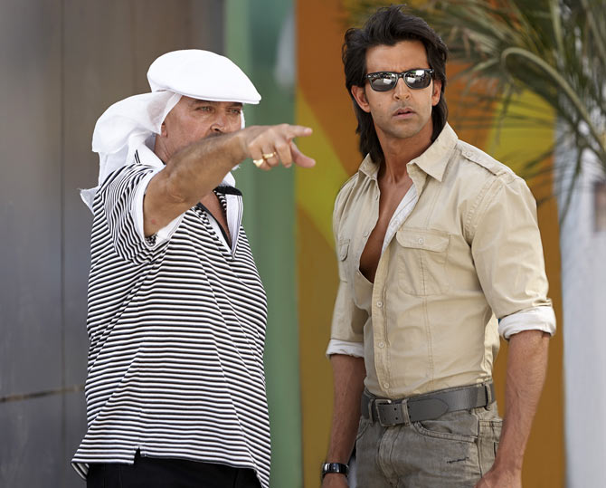 Rakesh Roshan and Hrithik Roshan on the sets of Krrish 3