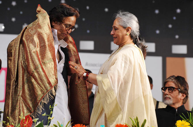 Hridaynath Mangeshkar and Jaya Bachchan