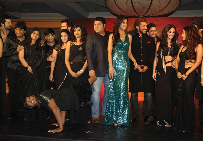 Shilpa Shetty, Sajid Khan, Terrence Lewis with all the contestant of Nach Baliye 6