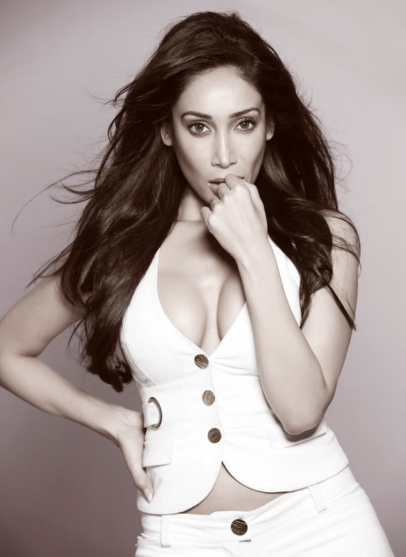 Sofia Hayat I Don 39 T Know What To Expect In Bigg Boss
