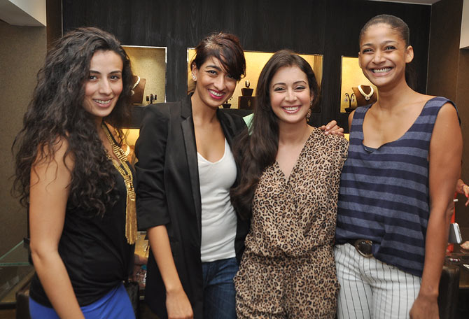 Pia and Binal Trivedi, Preeti Jhangiani and Carol Gracias
