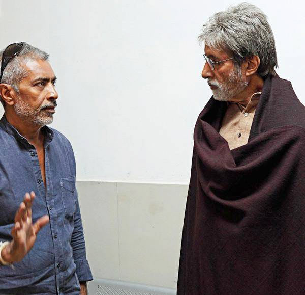 Prakash Jha and Amitabh Bachchan on the sets of Satyagraha