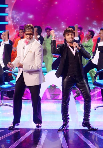 Amitabh Bachchan and Sonu Nigam