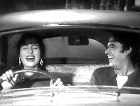 Madhubala and Kishore Kumar in Chalti Ka Naam Gaadi