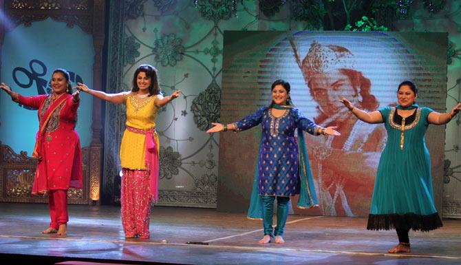 Priya Berde, Varsha Usgaonkar, Nivedita Joshi, Sukanya Kulkarni