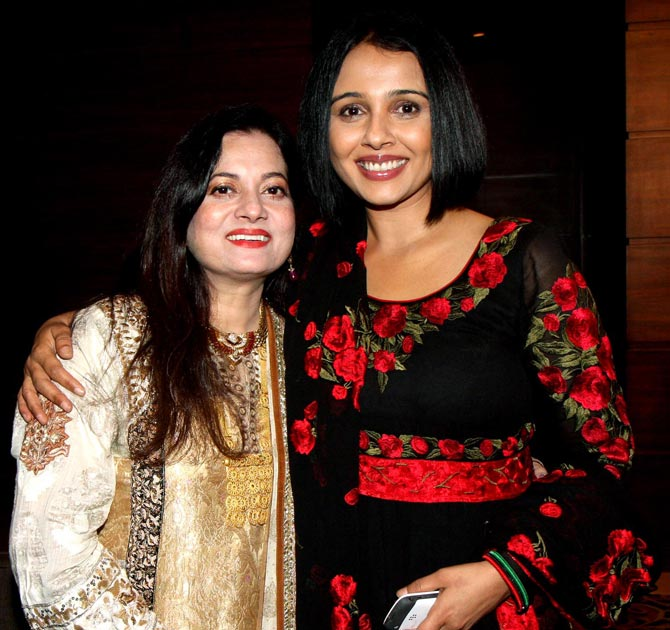Suchitra Krishnamoorthy with Vijeta Pandit