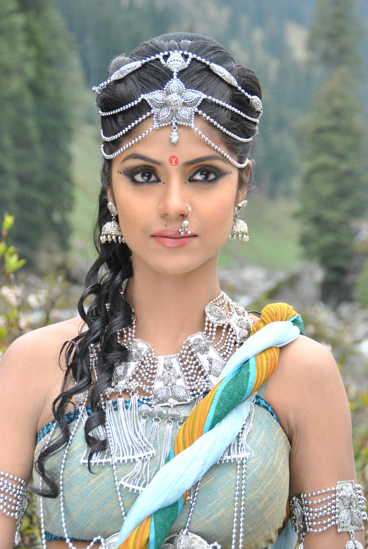 Sayantani Ghosh as Satyavati