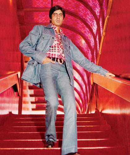 Amitabh Bachchan as ACP Vijay Khanna in the original Zanjeer