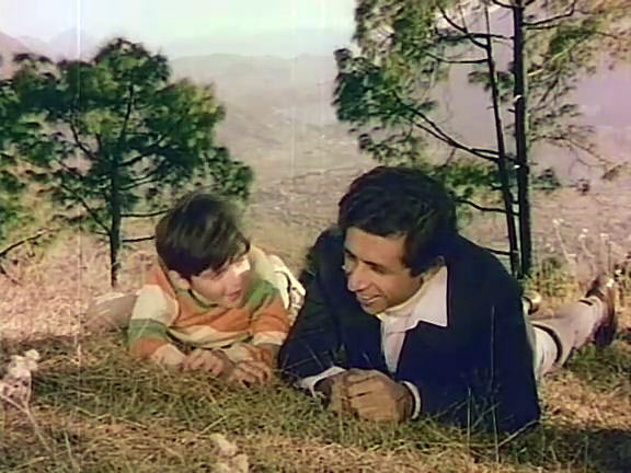 Jugal Hansraj and Naseeruddin Shah in Masoom