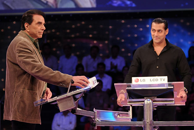 Dharmendra and Salman Khan on Dus Ka Dum
