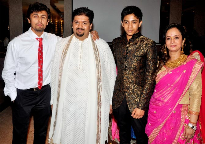 Sonu Nigaam and Smita Thackeray's sons Rahul and Aishwarya