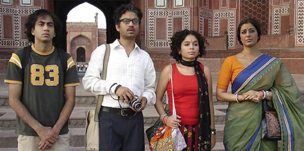 Irrfan Khan with Kal Penn, Sahira Nair and Tabu in The Namesake