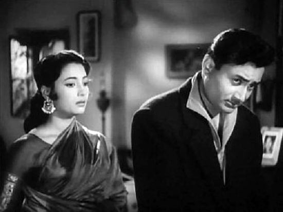Suchitra Sen and Dev Anand in Bombai Ka Babu