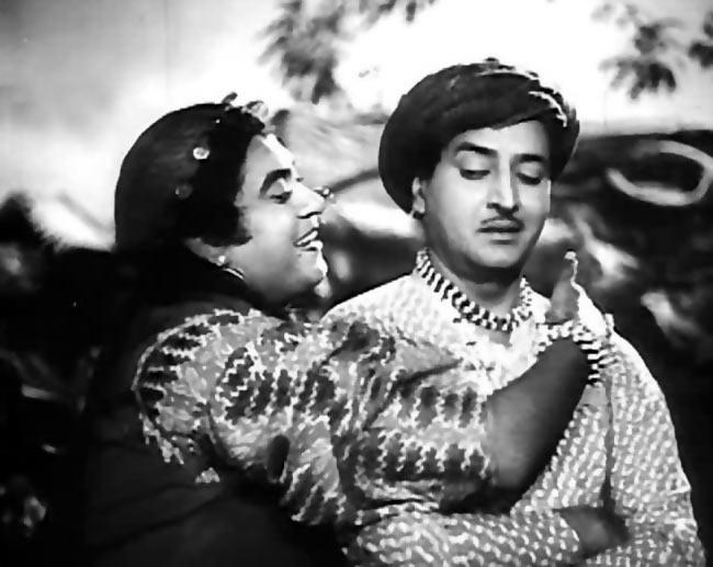 Kishore Kumar and Pran in Half Ticket