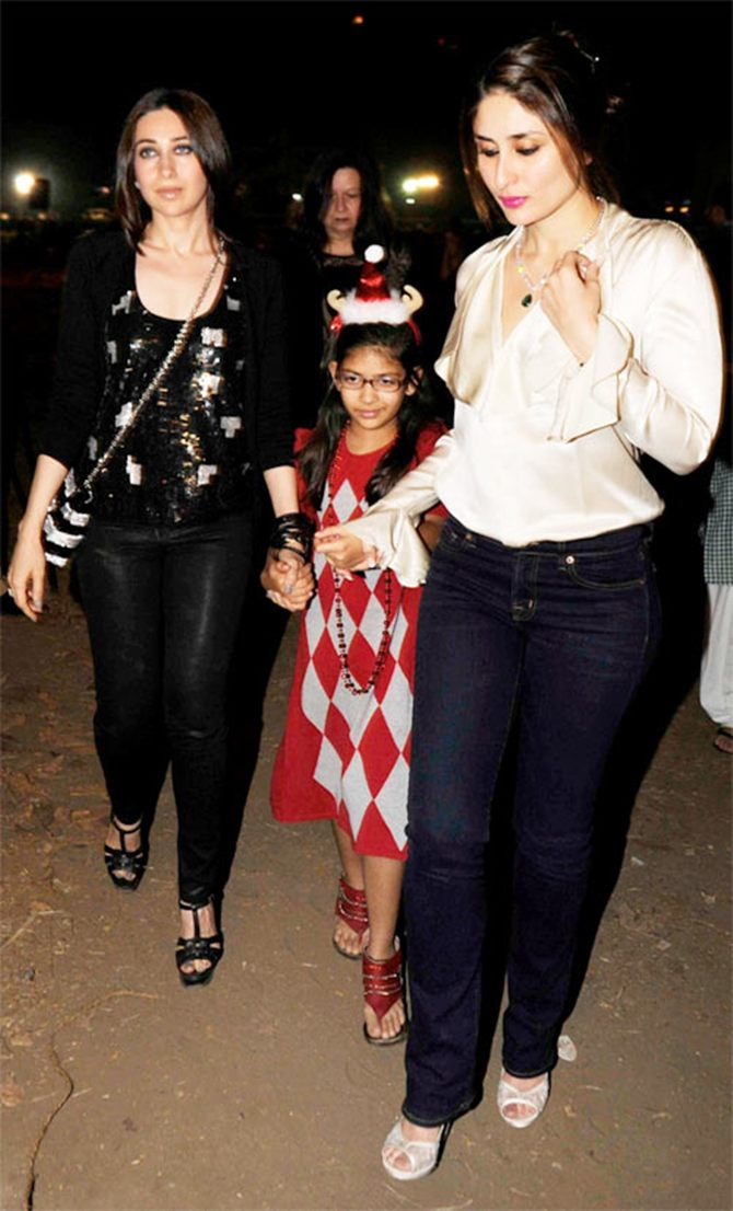 Kareena Kapoor with Karisma Kapoor and neice Samaira