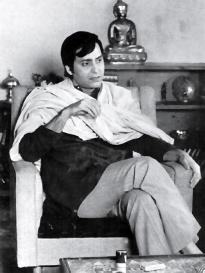 Soumitra Chatterjee as Feluda