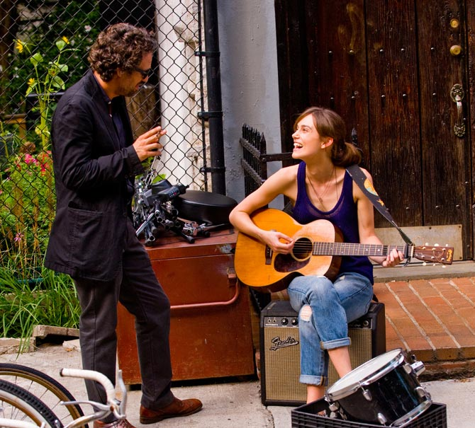 Mark Ruffalo and Keira Knightley in Can a Song Save Your Life