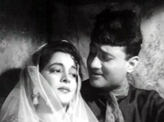 Nalini Jaywant and Dev Anand in Kala Pani
