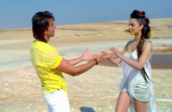 Kangna Ranaut with Hrithik Roshan in Krrish 3