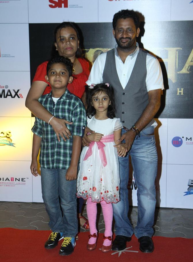 Resul Pookutty with his family