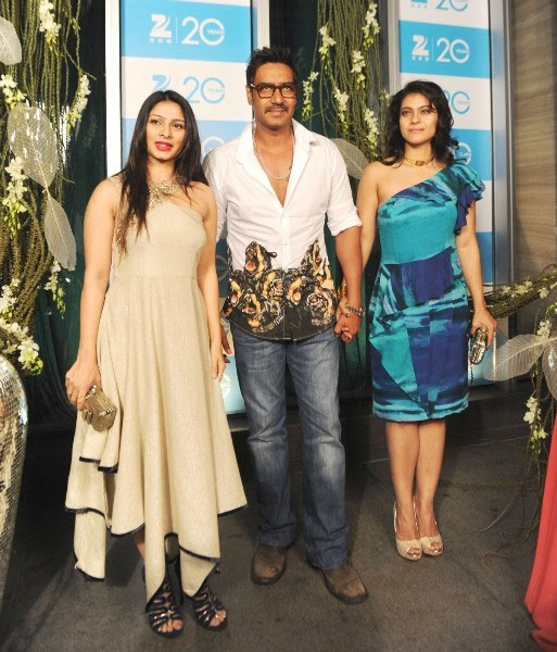 Ajay Devgn with Tanisha and Kajol